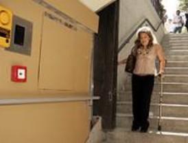 La estación de Marqués de Vadillo sigue sin ser accesible tras dos meses de obras