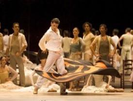 La danza sale a bailar en el mercado Puerta de Toledo