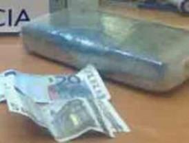 Sorprendido 'in fraganti' con dos kilos de cocaína