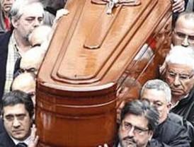 Triste jornada de reflexión tras el asesinato de Isaías Carrasco
