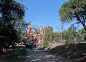 Los vecinos aprovechan las visitas guiadas a la Finca de Torre Arias para reclamar su uso público