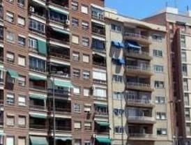 Madrid cuadruplica a Barcelona en beneficiarios de la renta básica de emancipación