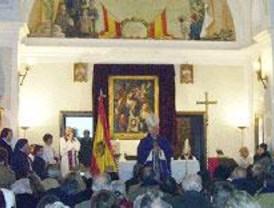 El obispo de Alcalá pide disculpas por la misa con la bandera franquista