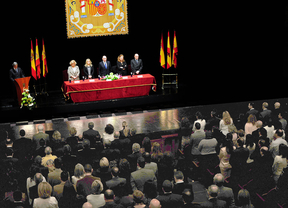 El Gobierno condecora a las víctimas del 11-M