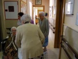 El Puerta de Hierro asistirá a mayores en residencias