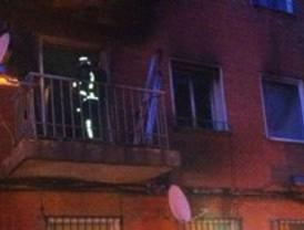 Sufre quemaduras de segundo grado en el incendio de su vivienda en Pinto