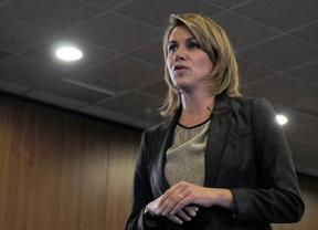 Cospedal redujo en 97.000 euros sus ingresos en 2012