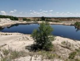 Exigen soluciones para la 'Laguna del aceite'