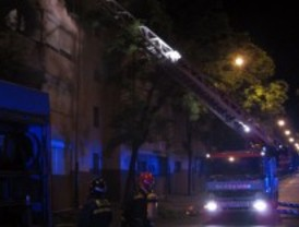 Un incendio en una vivienda deja ocho heridos leves