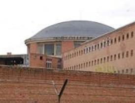 Los vecinos denuncian el abandono de los terrenos de la cárcel de Carabanchel