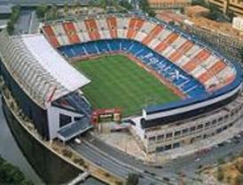 Gallardón reconoce que en el Vicente Calderón quieren levantar 1.600 casas