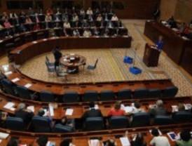 La Asamblea aprueba unos presupuestos de 17.048 millones para 2012