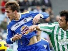 El Getafe deja escapar el tren de la Copa en un pésimo partido ante el Betis (1-3)