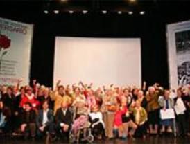 CC.OO premia a las mujeres de los presos del franquismo