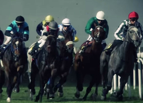 Carreras de caballos en el Paseo de la Castellana