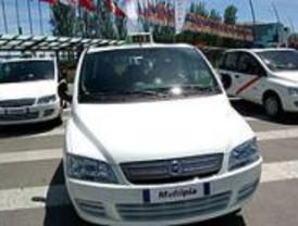 IU y UGT reclaman más seguridad para los taxistas