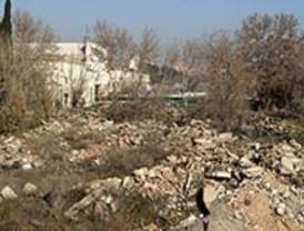 Las excavadoras arrasan La Quinta, el 'supermercado de la droga'