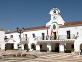 El PSOE echa a dos ediles cuya ausencia en un pleno permitió subir el sueldo de los concejales