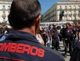La Comunidad privatiza parte de la gestión de personal del servicio de bomberos