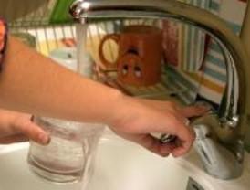Madrid es de las comunidades donde más se bebe 'agua del grifo'