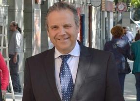 Carmona promete un nuevo convenio para los empleados municipales