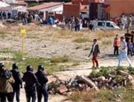 El policía al que le rompieron la mandíbula en la Cañada Real, dado de alta