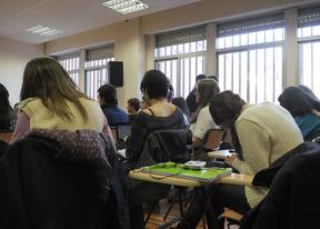 Un informe atribuye la mayor conflictividad en las aulas a los recortes