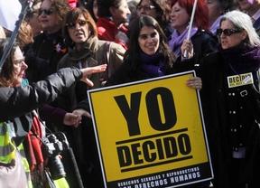 Las menores de 16 y 17 años no podrán abortar sin permiso paterno
