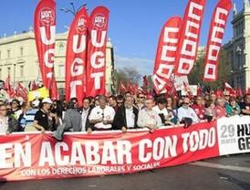 Multudinaria manifestación contra la reforma laboral