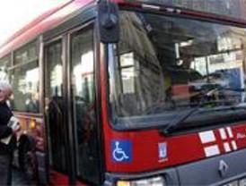 UGT califica de 'desacertadas' las declaraciones de Aguirre sobre los carritos en los autobuses