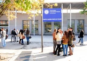 Crece un 11% el número de universitarios con beca en Madrid en dos años