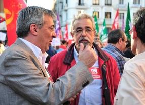 Gordo y Pérez continúan en sus cargos pese a las peticiones de IU-Federal