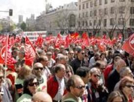 La Comunidad se agarra al paro de diciembre frente a las exigencias de oposición y sindicatos