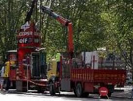 Desmantelado el surtidor de gasolina de la plaza de Cánovas del Castillo