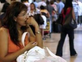 Desconvocados los paros de Air Comet en Barajas tras llegar a un acuerdo