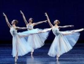 El Boston Ballet presenta en Madrid 'Classic Blanchine' y 'La Sylphide'