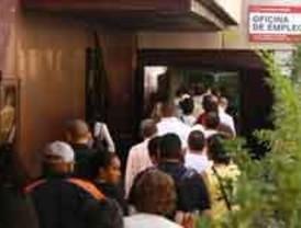CC.OO y UGT reclaman garantias para el empleo estable ante el aumento del paro