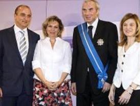 Jesús Neira ha sido distinguido con la Gran Cruz del Mérito Civil