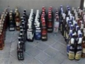 Cuatro detenidos por robar botellas de alcohol para revenderlas en los 'chinos'