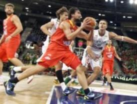 España se gusta y vence a Lituania