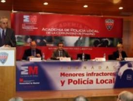 Policías locales se forman en materia de menores infractores