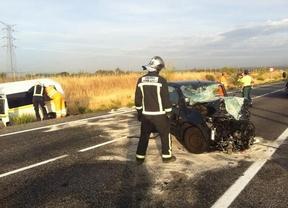 Fallece una joven tras chocar su coche con una furgoneta en Cobeña