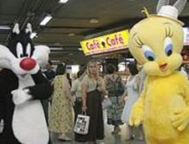 Renfe propone ocio y diversión en su campaña 'Los trenes son para el verano'