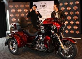 Harley presenta la nueva Tri Glide Ultra Classic en el Teatro Goya