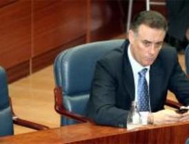 El PSOE exige revisar todos los contratos