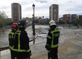 Cerrado el puente de Segovia en sentido centro tras inundarse