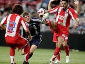 El Atlético no puede con el Ajax (2-0)