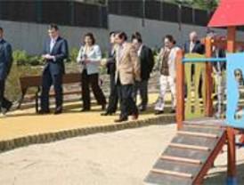 Un antiguo solar en San Blas se convierte en un parque de 2.800 metros cuadrados