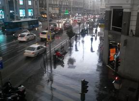 Una intensa tormenta cae sobre Madrid