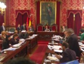 El Ayuntamiento aprueba pedir a la Comunidad la rehabilitación de cuatro áreas